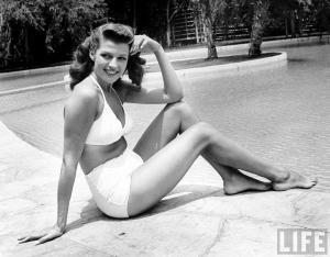 Rita Hayworth, al poco de terminar la IIGM